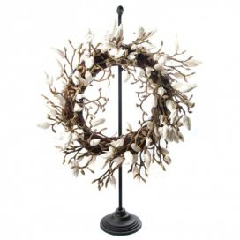 Wreath and Stand – Magnolia White