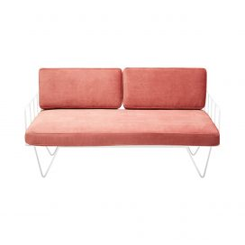 Sofa Lounge – White Wire 2-Seater with Velvet Cushions (Pink)